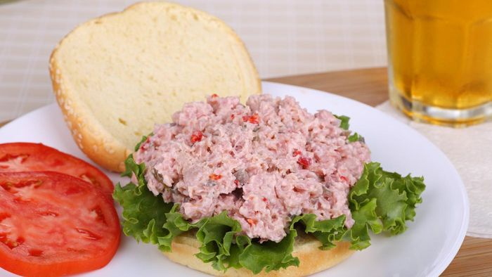 What Is a Good Ham Salad Sandwich Recipe?