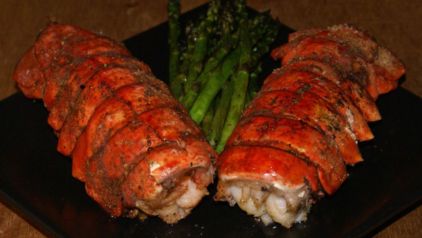 What Is a Good Recipe for Grilled Lobster Tails?