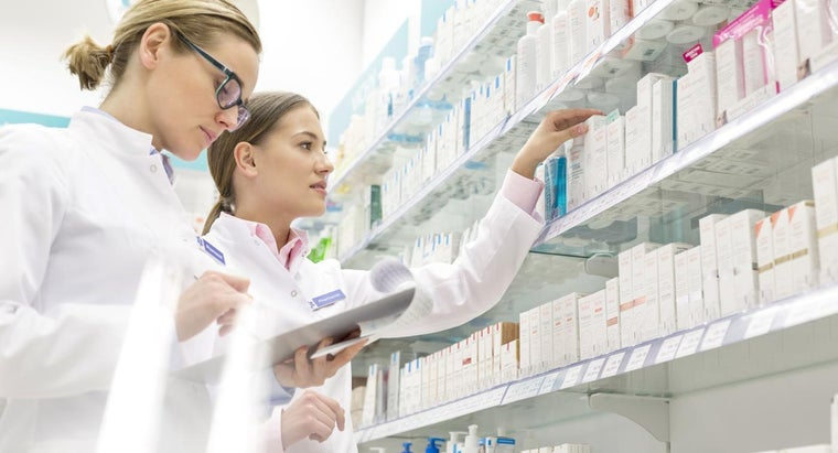 Do Pharmacists Make More at a Big Pharmacy or an Independent Pharmacy?