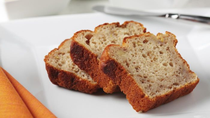 What Are Some Easy Banana Bread Recipes?