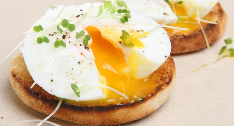 How Do You Poach an Egg Perfectly?