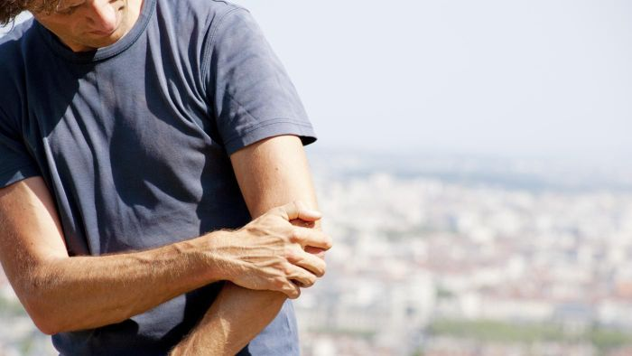 What Is a Good Tennis Elbow Home Treatment?