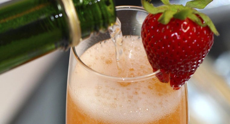 What Is a Good Bellini Drink Recipe?