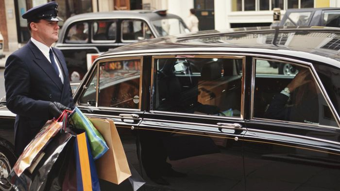 What Are the Benefits of a Personal Chauffeur?