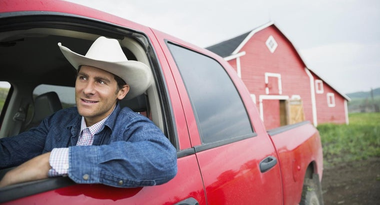 What Are Some Pickup Trucks That Get Good Gas Mileage?