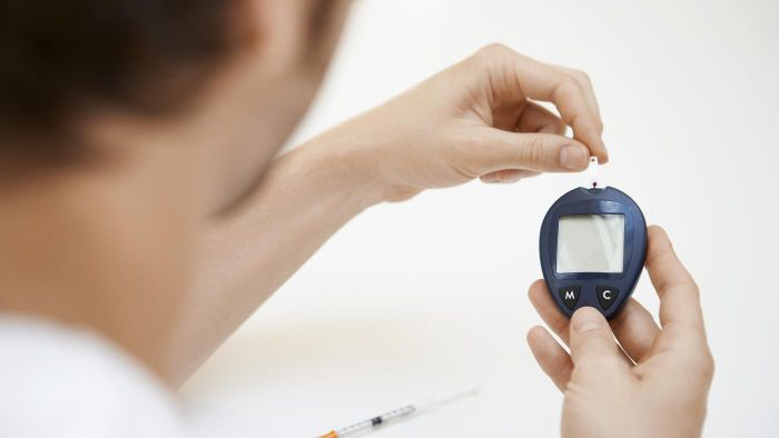 What is the best way to monitor blood sugar levels?