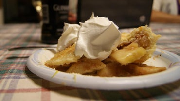 What Are Some Popular Apple Pie Recipes?