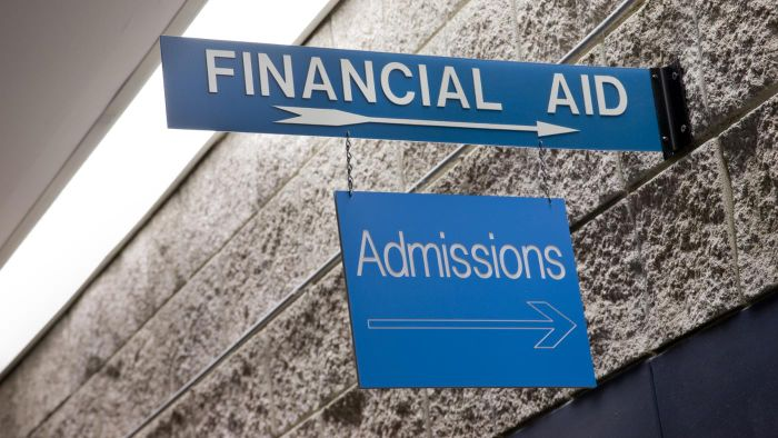 What Income Range Is Typically Needed to Be Eligible for Financial Aid?