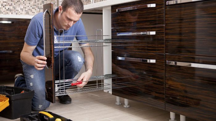 What are some different kitchen remodel companies?