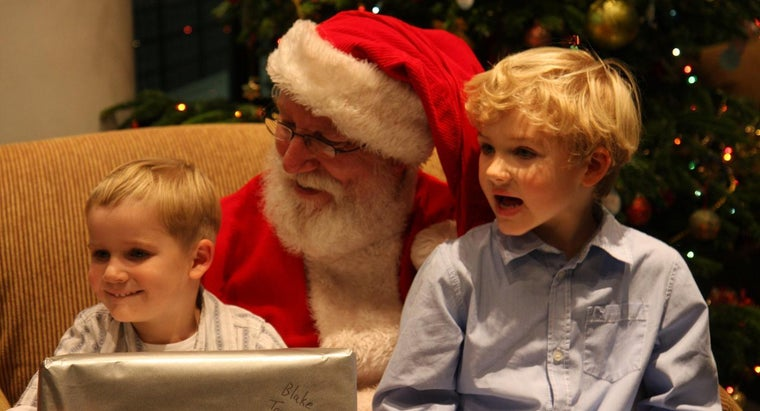 Can You Customize Santa's Nice List With Your Child's Name?