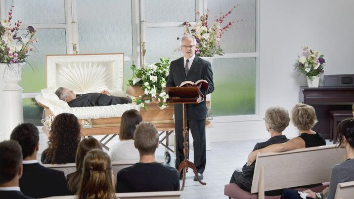 What Are Some Comforting Bible Verses That Are Appropriate for Funerals?