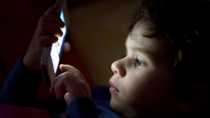 Where Can You Get a Free Phone Flashlight App?