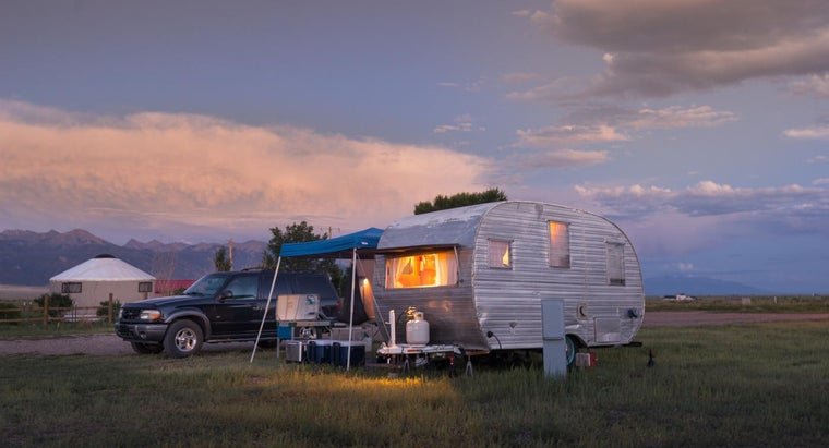 What Are Some Things to Look for When Buying Used Travel Trailers?