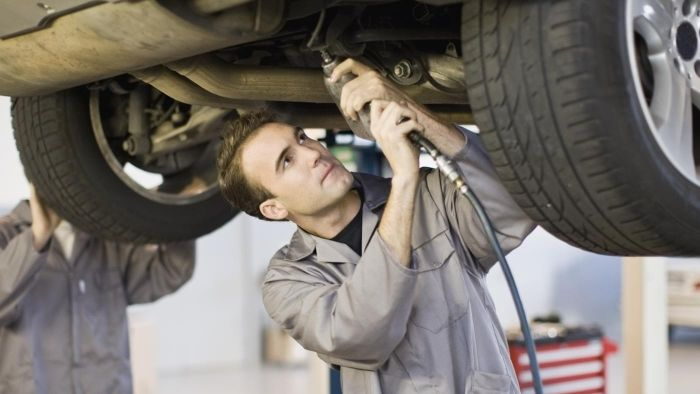 Where Can You Find Jobs for Auto Mechanics?