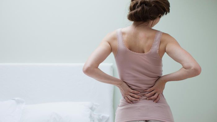 What Are the Common Symptoms of Back Pain?
