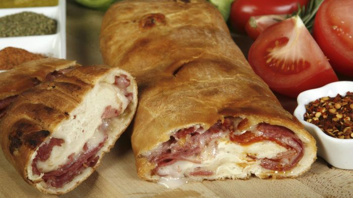 What Is a Good Recipe for Stromboli?