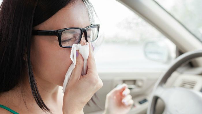 How Do You Unplug Your Ears When You Have Sinus Pressure?