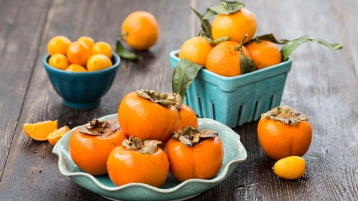 How Do You Eat a Persimmon?