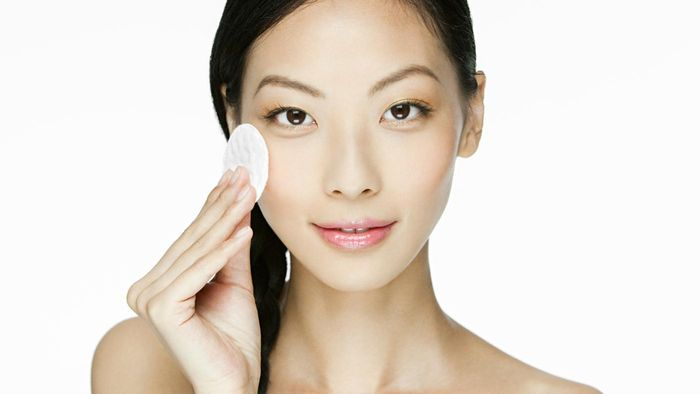 What Are Some Good Products for Flawless Skin According to Experts?