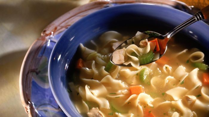 What Is a Good Slow Cooker Chicken Noodle Soup Recipe?