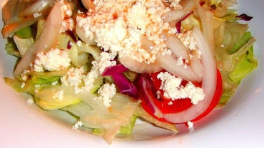 How Do You Make Greek Salad?