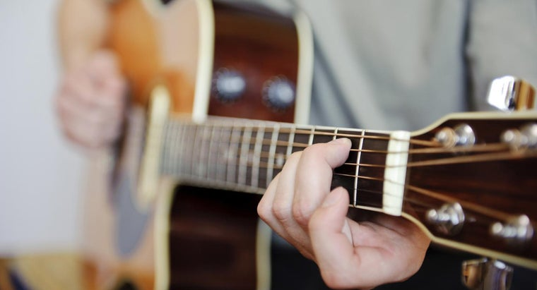 How Can You Learn Basic Guitar Chords?
