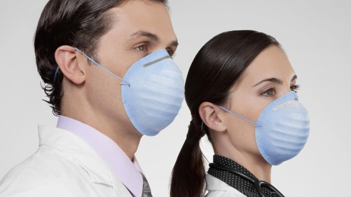 What Are Some Symptoms of the H1N1 Flu?