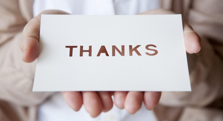 What Are Some Tips for Writing a Thank-You Card?