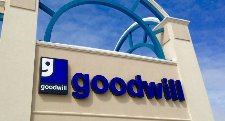 What Are the Store Hours for Goodwill?