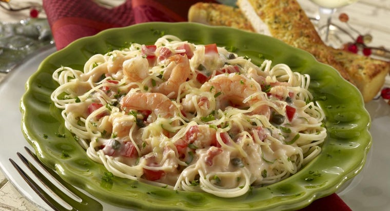 What Is an Easy Recipe for Shrimp and Pasta?