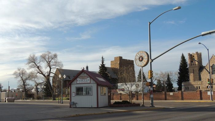 What are the major cities in Wyoming?