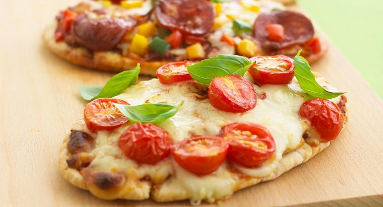 What Is a Simple Recipe for Making Pizza Bread?