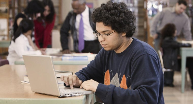 Is It Possible to Read High School Textbooks Online?