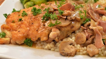 What Is an Easy Recipe for Chicken Marsala?