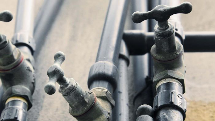 How Does Heat Tape Stop Water Pipes From Freezing?