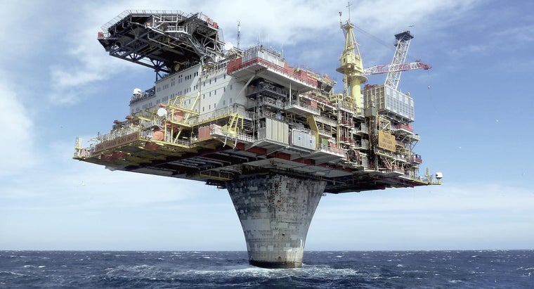 What Is an Oil Rig Recruitment?