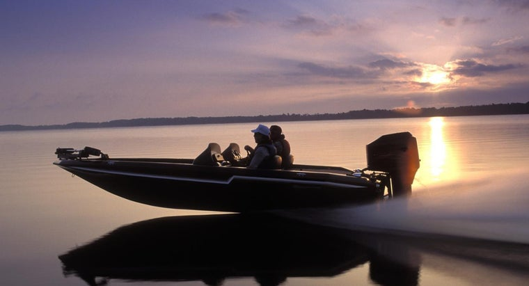 Where Can You Buy Rebuilt Boat Engines?