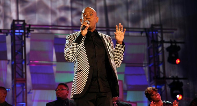 Who Are Some Famous Black Gospel Singers?