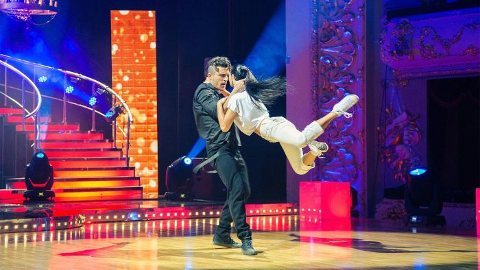 "Where Can You Watch Recent Episodes of ""Dancing With the Stars""?"