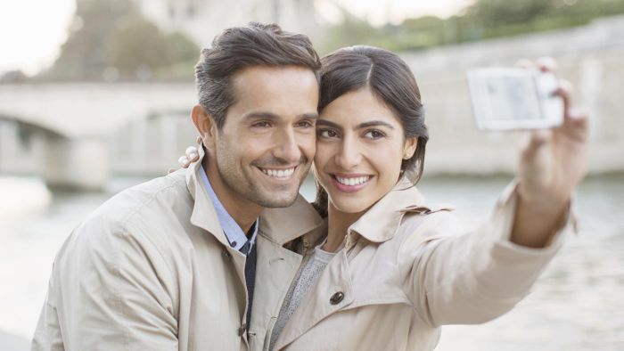 What is the most popular vacation spot for singles over 40 years old?