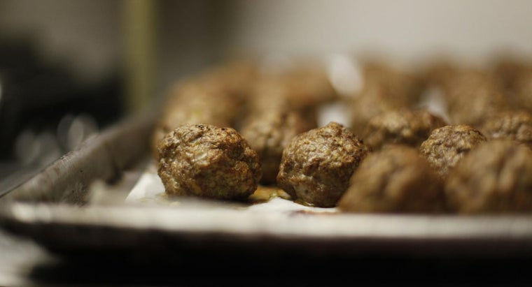 What Are Some Easy Baked Italian Meatball Recipes?