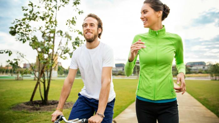 Does BMI differ between men and women?