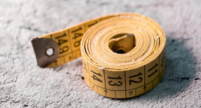 What Is the Correct Way to Read a Tape Measure?