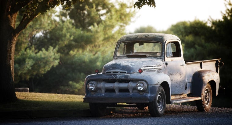 What Are Some Good Ways to Find Old Pickup Trucks for Sale?