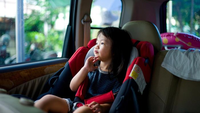 What are the legal requirements for booster seats?