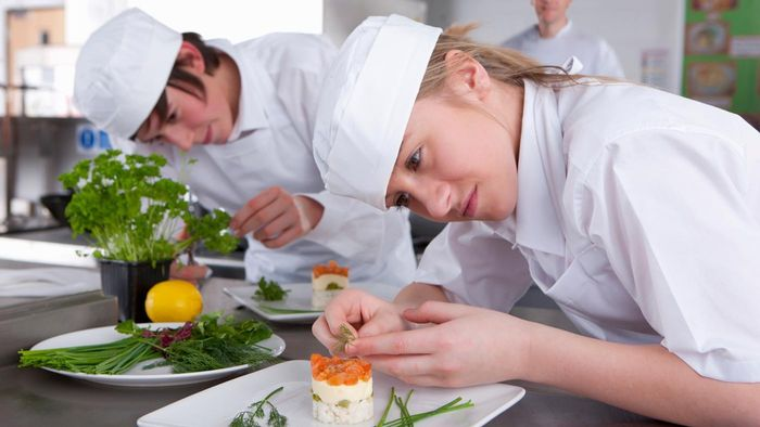 What Are Some Highly Rated Cooking Colleges?