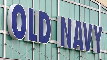 What Are Some Options for Paying an Old Navy Credit Card Bill?