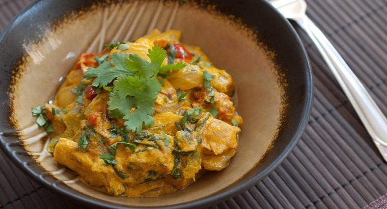 What Is a Basic Chicken Curry Recipe?