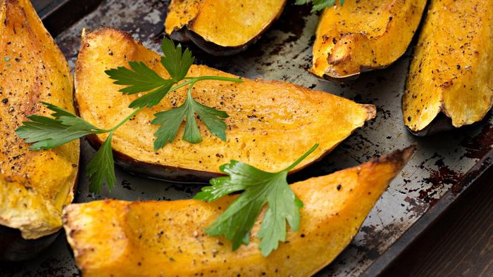 What are some good baked winter squash recipes?
