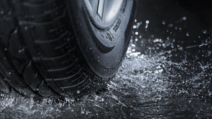 How Do You Identify the Best All-Weather Tires for Your Vehicle?
